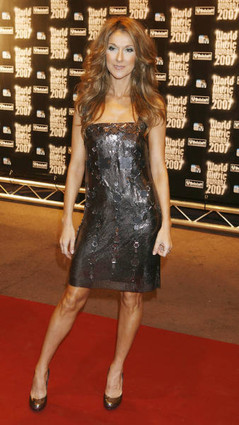 celine-dion-2007-world-music-awards3